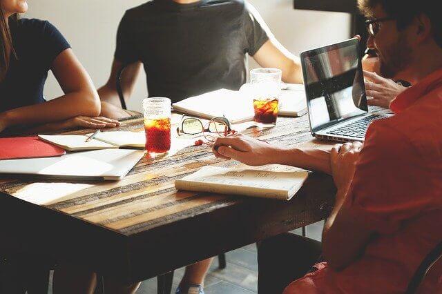 como escribir los valores de una empresa