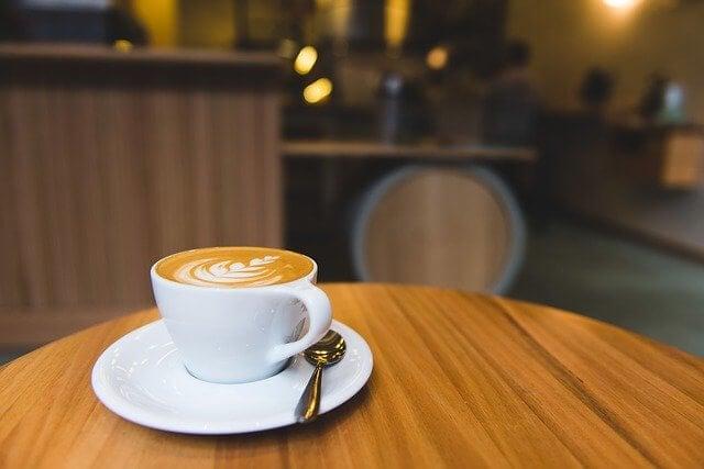 cual es la misión de una cafetería