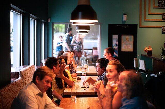 ejemplo de política de calidad de un restaurante