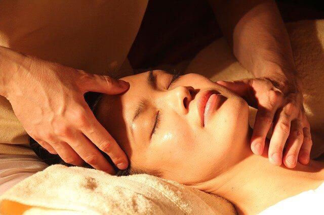 servicios que ofrece un spa holístico